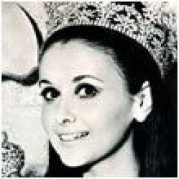 Miss Universe 1957 – Gladys Zender - Peru