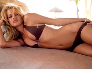 Lieschen Botes Swimsuit Model